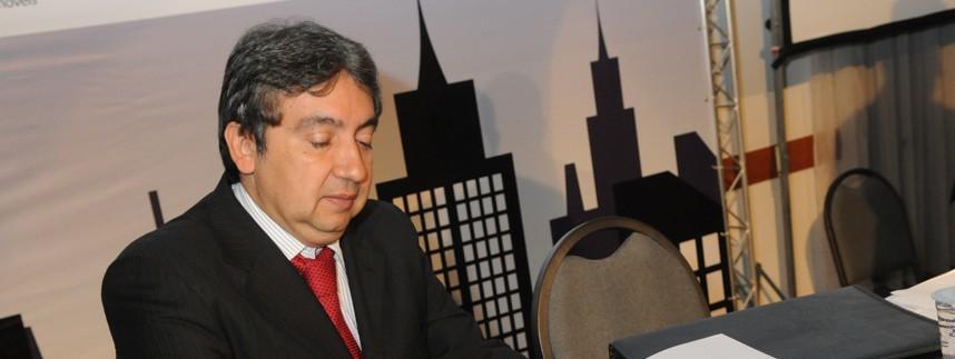 Nascido em Cuiabá em 1957, Márcio Vidal se formou pela Universidade Federal de Mato Grosso e ingressou na magistratura em 1985. Hoje é desembargador e vice-presidente do Tribunal de Justiça de Mato Grosso