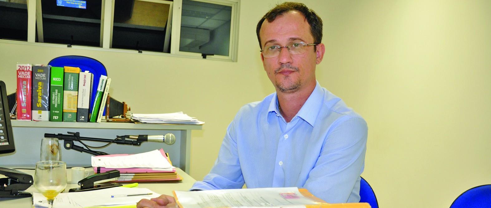 O juiz Wladymir Perri