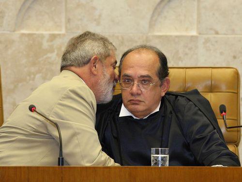 Gilmar Mendes e Lula, em ato no STF
