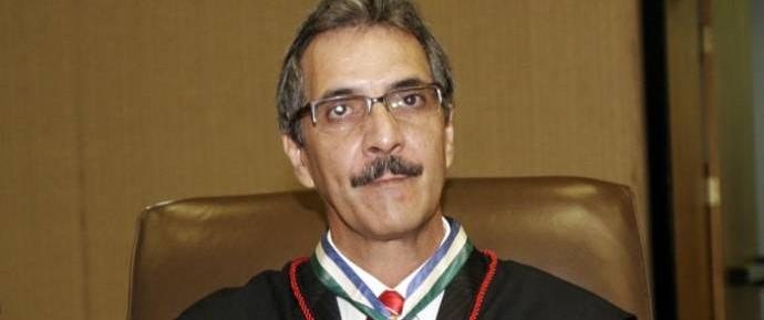 Na votação no Pleno, Carlos Alberto Rocha acabou perdendo para Paulo Cunha, por 21 a 8