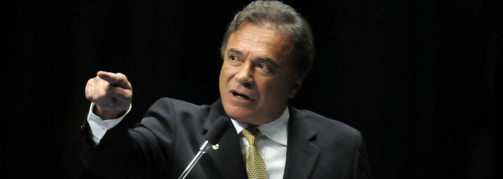Álvaro Dias, nova estrela do PV