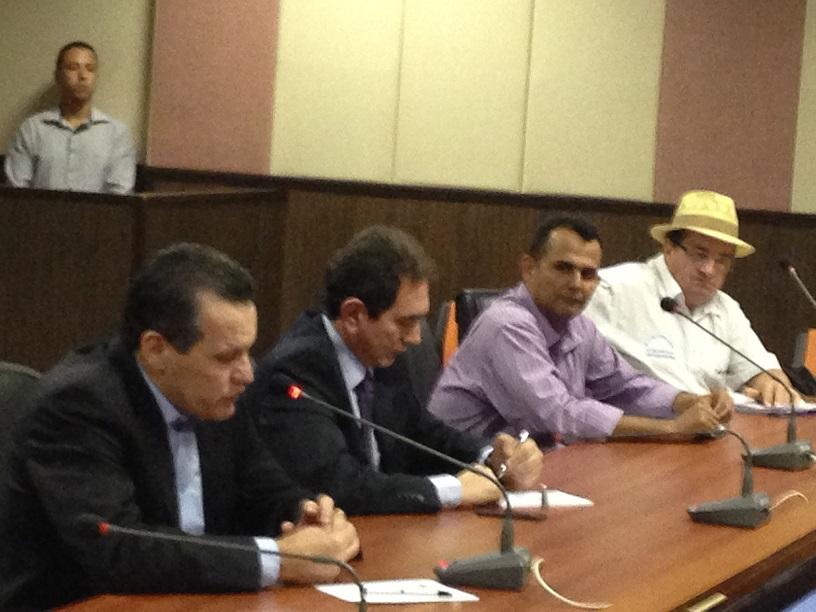 Durante a reunião, governador Silval pediu auxilio do Fórum Sindical para encontrar formas de reduzir os gastos do Governo