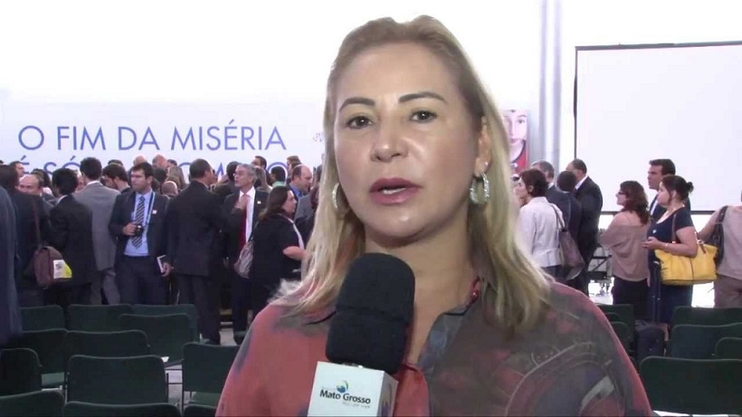 A primeira dama, Roseli Barbosa, esposa do governador Silval Barbosa, deverá ser ouvida nos próximos dias sobre as irregularidades que estariam sendo identificadas pelos promotores do Grupo de Atuação Especial Contra o Crime Organizado (Gaeco)