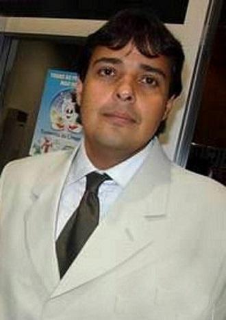 Marden E. F. Tortorelli é advogado militante há mais de 15 anos em Cuiabá, foi presidente da Comissão de Estudos de Recuperação Judicial e Falências  e Conselheiro Federal da OAB/MT na gestão do advogado Cláudio Stábile