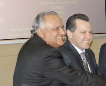 Na única foto divulgada pela mídia, nos últimos meses, Filadelfo Dias aparece, sorridente, ao lado do atual governador de Mato Grosso, Silval Barbosa