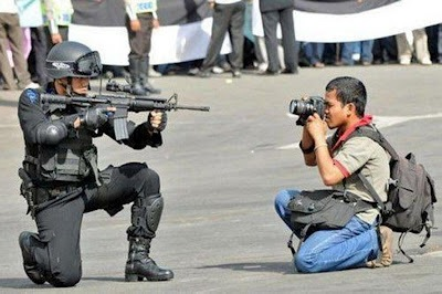 Fake-Venezuela-Protest-Photo-7