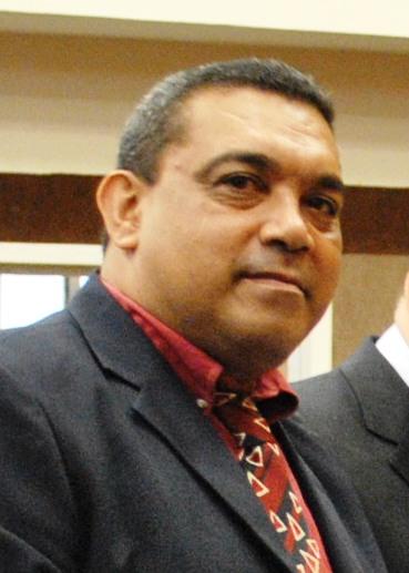 Ronaldo Pacheco, repórter com longos anos de atividades nos bastidores da política de Mato Grosso. Dessa vez, infelizmente, acho que ele apresentou uma análise rala dos embates políticos que marcam os bastidores da sucessão em Mato Grosso