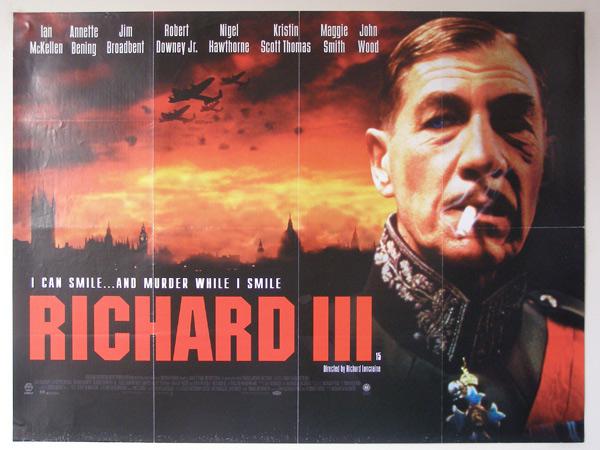 """Ian McKellen,muito popular por sua atuação como o mago Gandalf da série """"Senhor dos Anéis, também comandou uma adaptação de Ricardo III para as telas, encenando a tragédia em uma Inglaterra que ele leva a adotar o fascismo"""