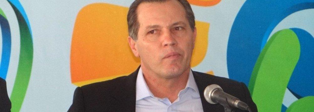 Depois de preso por porte ilegal de arma, Silval deve ser liberado pela Policia Federal