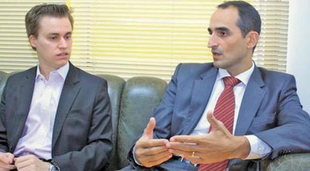O novo procurador eleitoral, Douglas Guilherme Fernandes, com o superintendente da Polícia Federal em Mato Grosso, Élcio Vicente