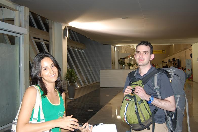 Eliane Nogueira com recebeu o turista australiano Jason Watson
