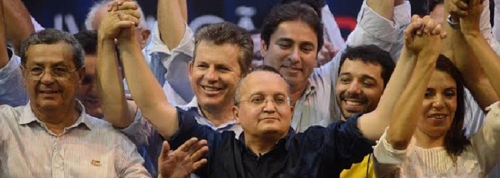 Jayme Campos, que liderava as pesquisas na disputa pelo Senado, resolveu abandonar a campanha, em atitude inusitada. Com isso, a crise se instala na coligação que apóia Pedro Taques na disputa pelo Governo do Estado