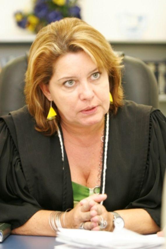 Selma Arruda, juíza titular, na Comarca de Cuiabá, da Vara Especializada Contra o Crime Organizado, os Crimes Contra a Ordem Tributária e Econômica e os Crimes Contra a Administração Pública