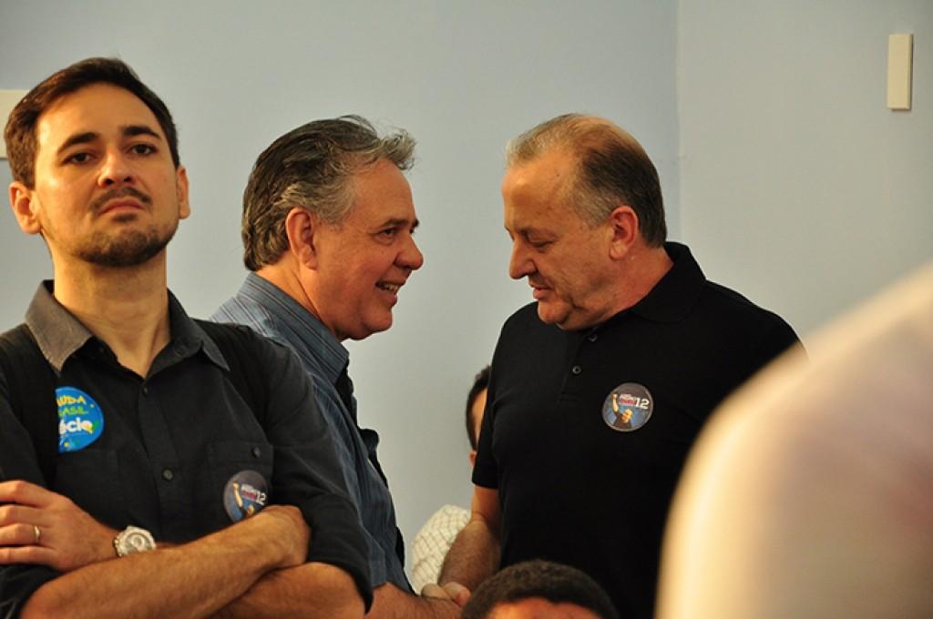 Juntos, na campanha para eleger Pedro Taques, Antero e Pivetta agora divergem, na hora da transição