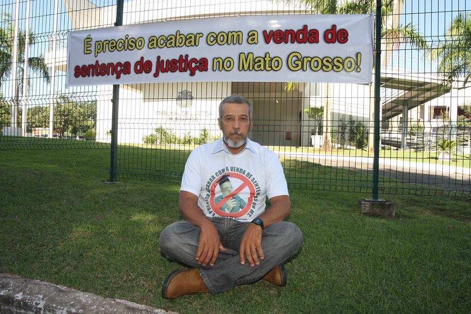 Clayton Arantes luta na justiça para reaver propriedade que ele garante que é sua em Santa Carmem e diz 'que ganhou no Tribunal de Justiça de Mato Grosso mas  ainda não levou'
