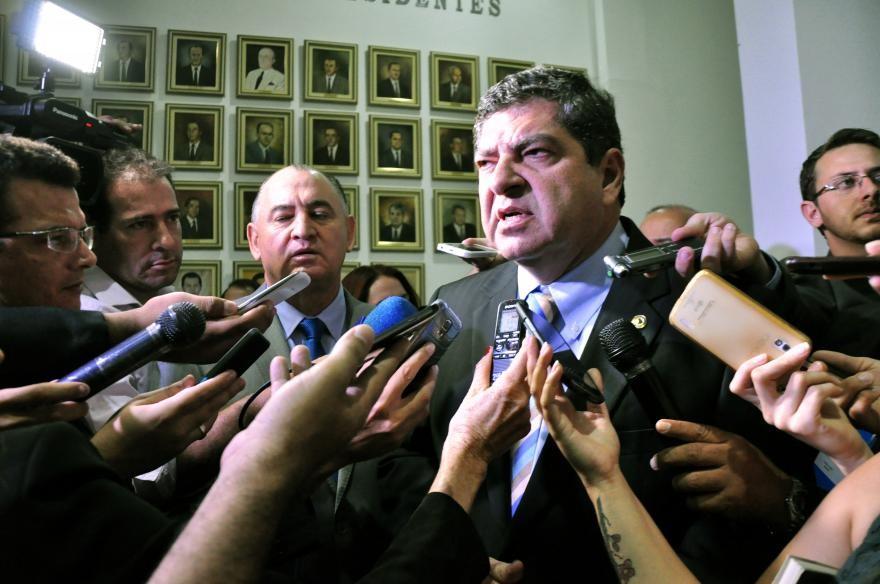 """Nininho e Guilherme Maluf adotam medida moralizado, começando a desmontar o """"cabidão"""" de empregos onerosos aos cofres do Estado que era mantido na Assembleia"""