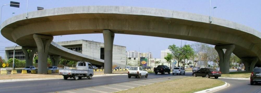 Viaduto da Sefaz, em Cuiabá, que apresenta risco de desabar