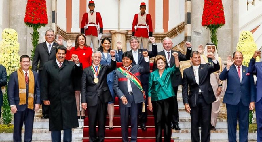 Na posse de Evo Morales, a confraternização das lideranças de uma América do Sul que segue, majoritariamente, unida à esquerda