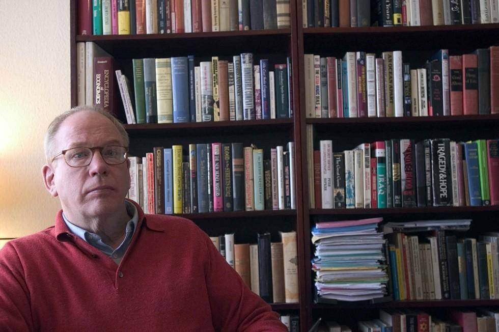 Frederick William Engdahl é jornalista, conferencista e consultor para riscos estratégicos. É graduado em política pela Princeton University; autor consagrado e especialista em questõesenergéticas e geopolítica da revista online New Eastern Outlook.