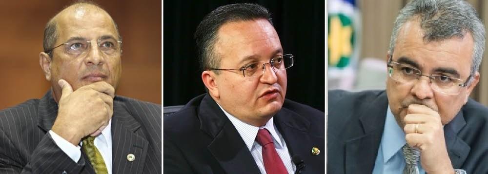 """Zeca Viana, caracterizado como """"mentiroso"""", o governador Zé Pedro Taques, e Paulo Taques que, na história, é citado como """"vagabundo"""". Coisas do PDT em Mato Grosso"""