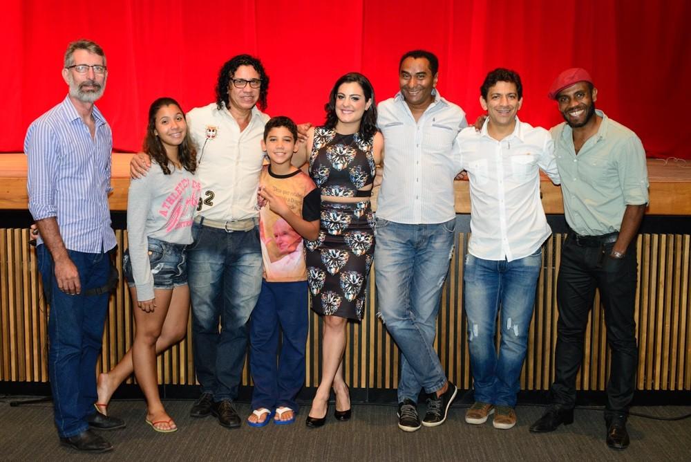 No palco, ao lado de Kyara jacob, artistas como Romeo Lucialdo, André D`Lucca e J. Astrevo