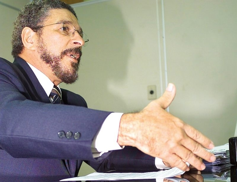Avenir Oliveira é juiz em Goiânia, Goiás