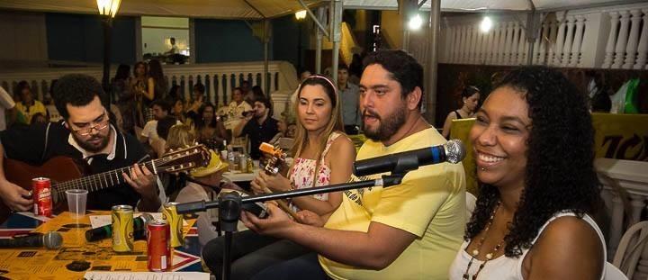 RAONI RICCI NA PAGINA DO ENOCK