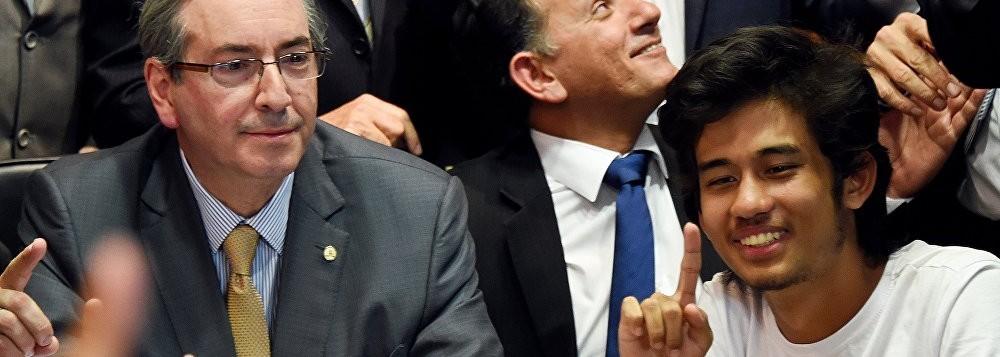 Kim Kataguiri, do Movimento Brasil Livre, com Eduardo Cunha na Câmara Federal
