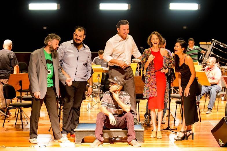 NOVA MUSICA DE MT NO TEATRO DA UFMT NA PAGINA DO E