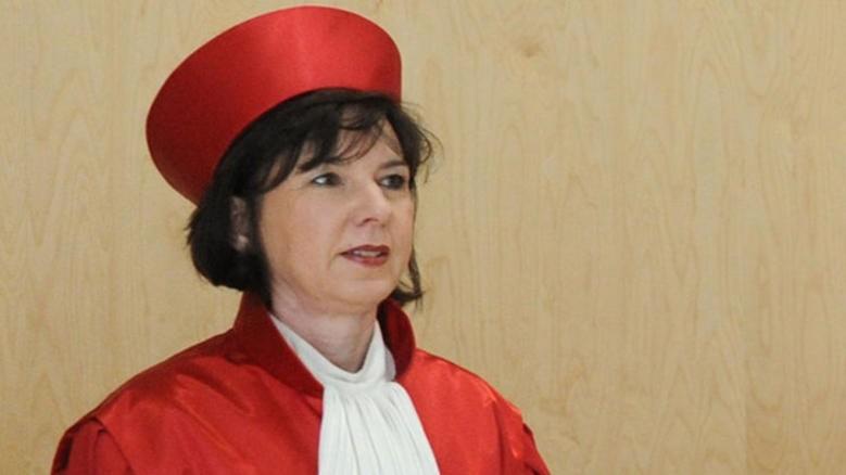 ministra Sibylle Kessal-Wulf, do Tribunal Constitucional Federal da Alemanha na pagina do enock